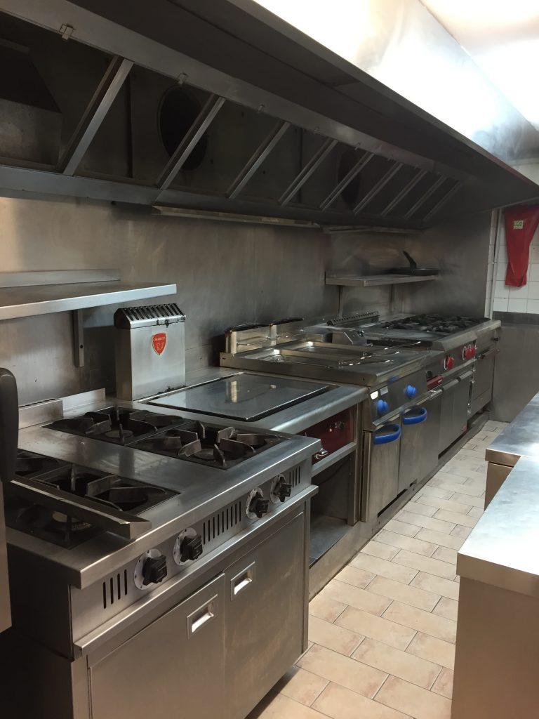 Installation équipement de cuisine